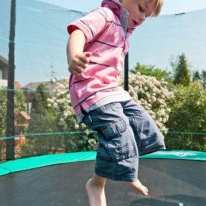 С какого возраста можно прыгать на батуте